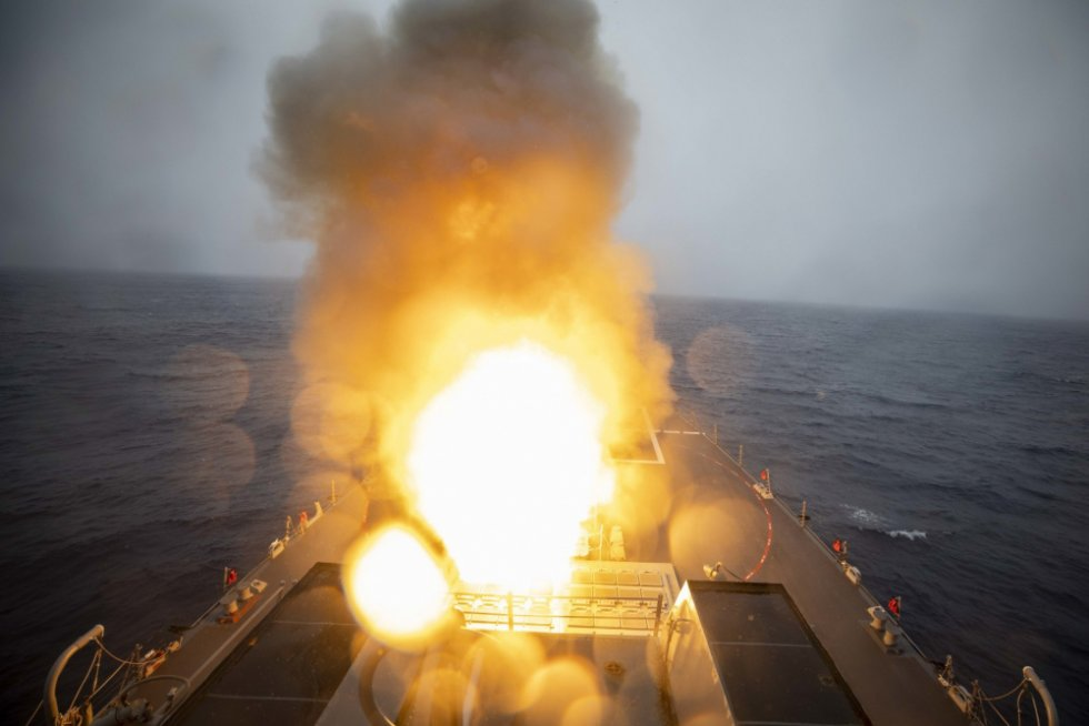 uss-paul-ignatius-ddg-117-at-sea-demo-formidable-shield-2021-1.jpg