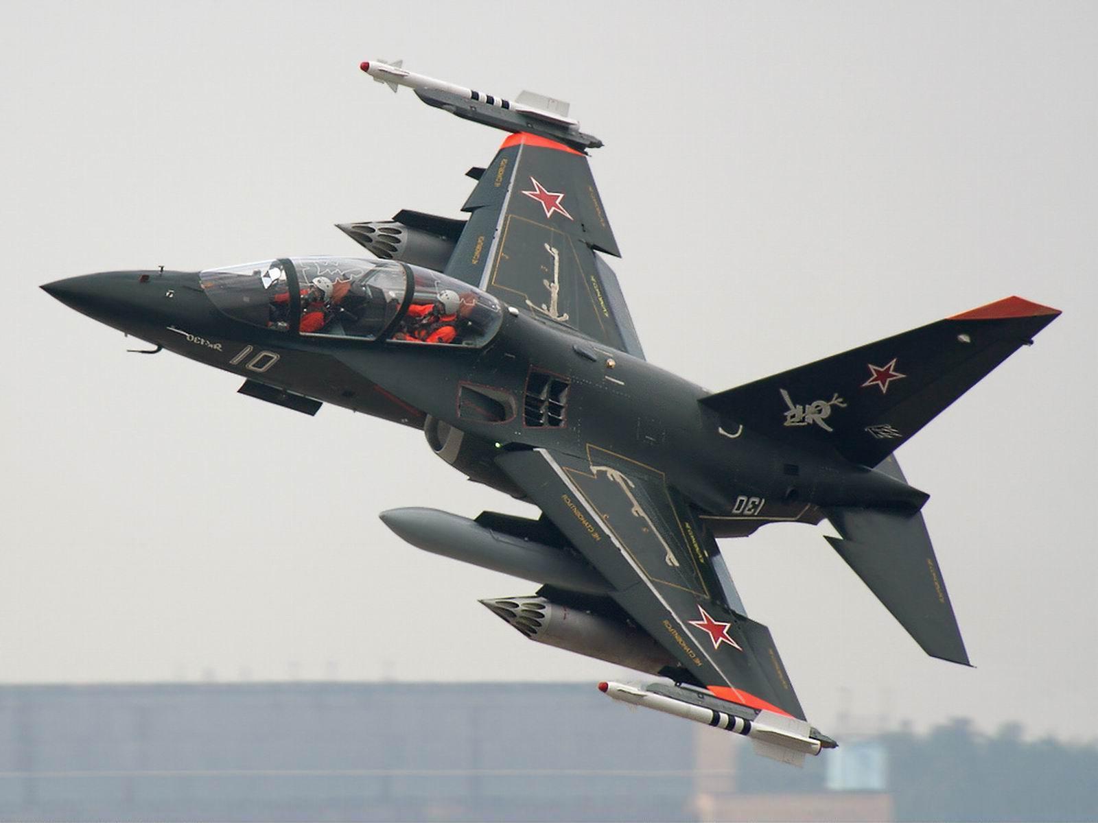 yak_130_plane_flight_aircraft_hd-wallpaper-248878.jpg